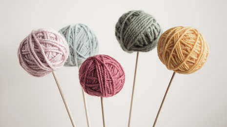 Katapult Wolle auf Nadeln